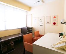 カウンセリングルーム、検査室、診察室は個室で対応
